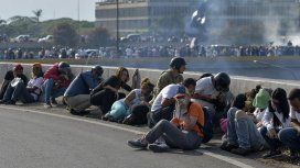 Enfrentamientos en la base donde Guaidó llamó a un alzamiento militar