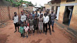 Tuvo 44 hijos y los tiene que criar sola porque su esposo los abandonó