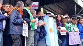 Pablo Moyano dijo que el paro fue contundente y advirtió que si no hay respuesta del Gobierno habrá más medidas de fuerza