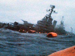 un tuit de la armada sobre el aniversario del hundimiento del crucero  general belgrano genero polemica y repudio
