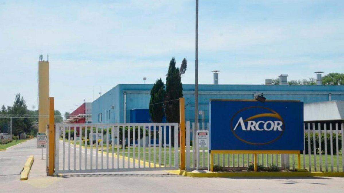 Por la caída del consumo, Arcor suspendió una planta en San Pedro