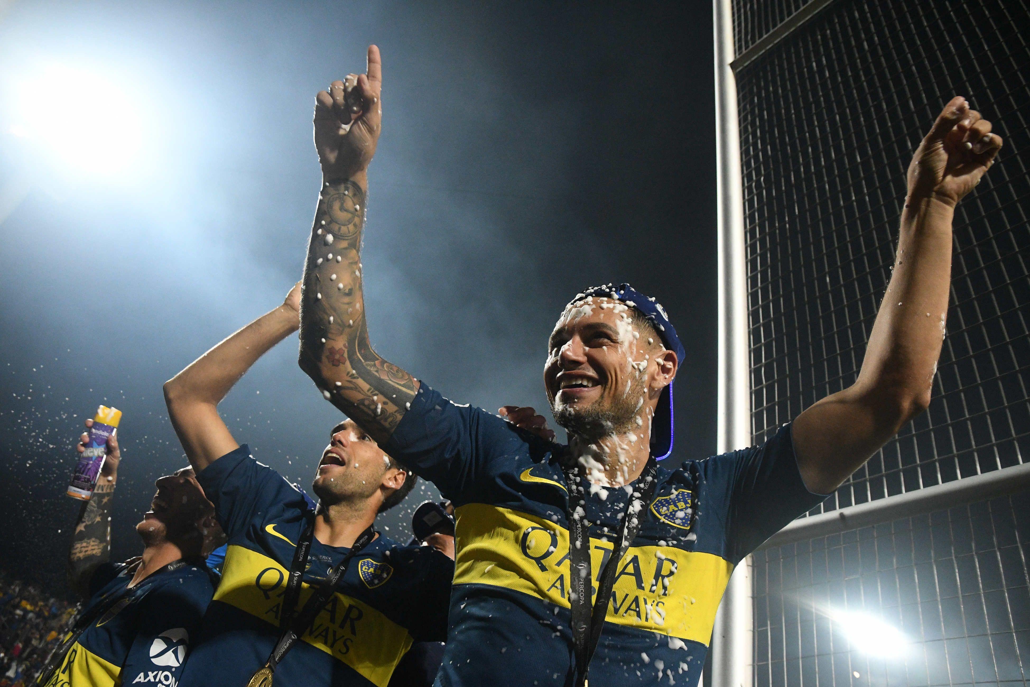 El desaforado mensaje de Mauro Zárate a Tevez tras ganar la Supercopa