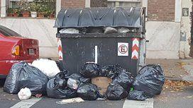 La Ciudad, repleta de basura: la recolección se normalizaría durante el día