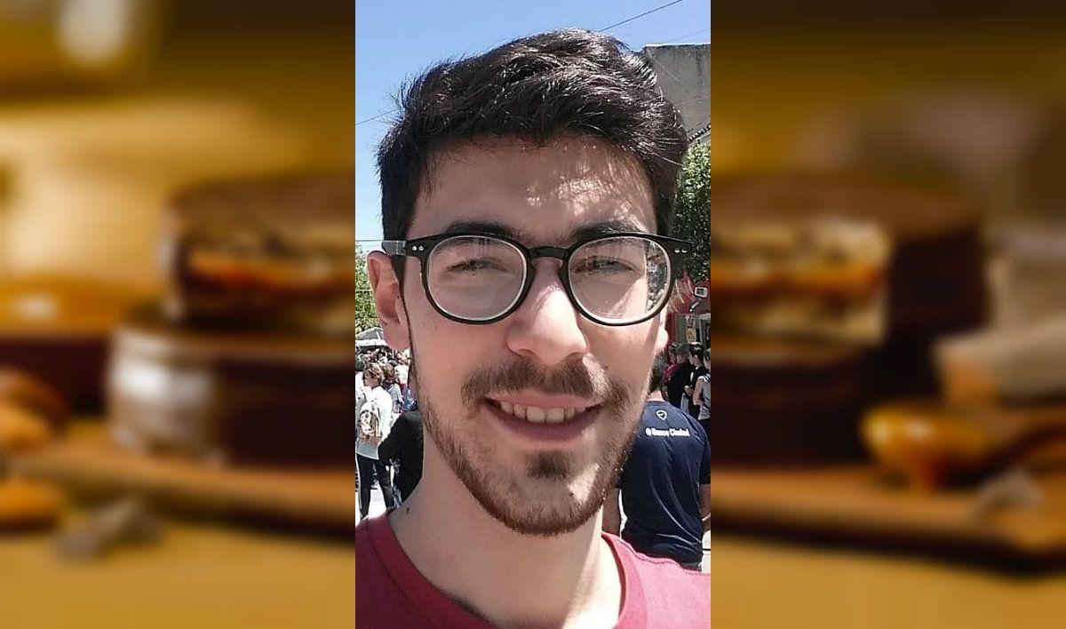 Insólito sommelier: su fanatismo lo llevó a ser el primer catador de alfajores del país