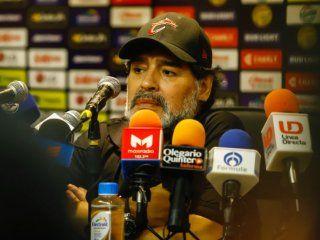 Maradona elogió a sus dirigidos