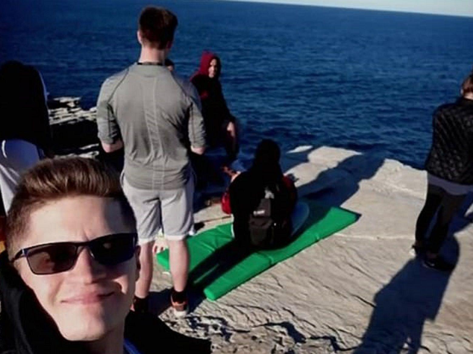 Gavin Zimmerman muriótras caer a un acantilado mientras se hacía una selfie