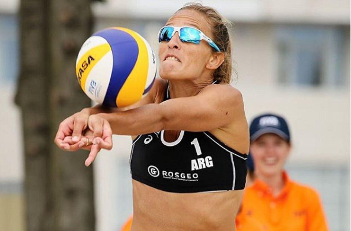 La doble faceta de Ana Gallay, la mejor jugadora de beach vóley argentina