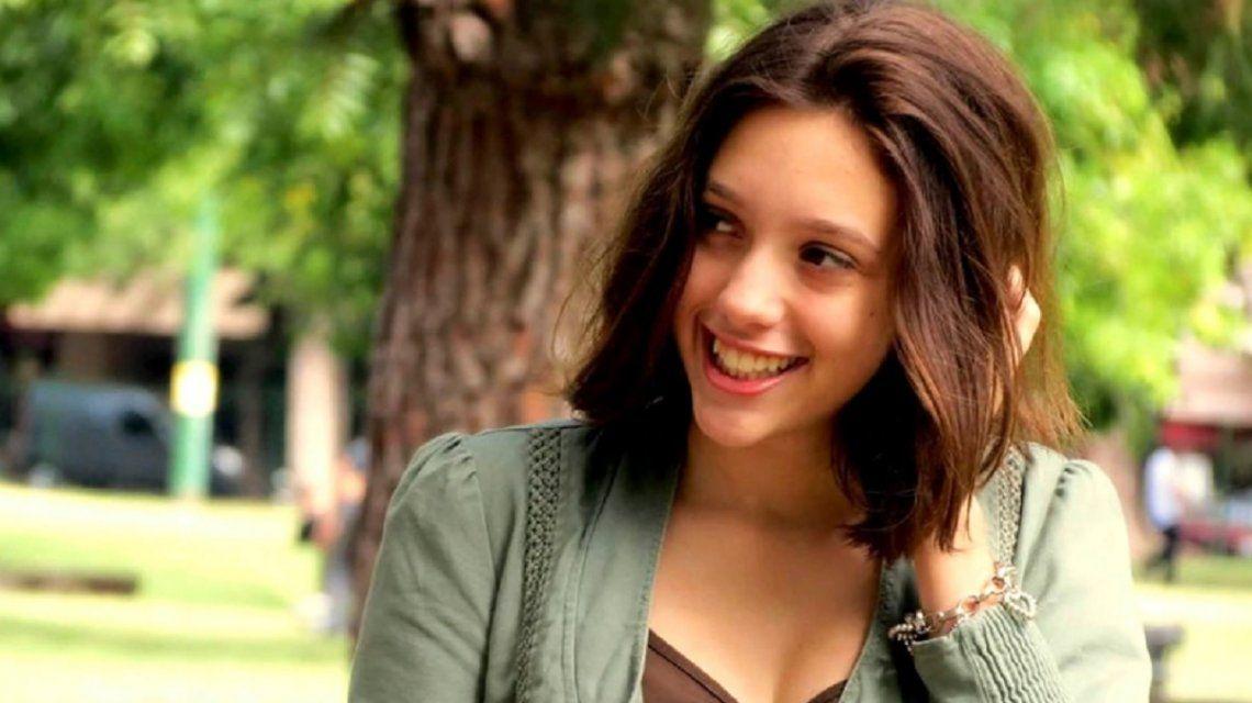 Lola Chomnalez tenía 14 años
