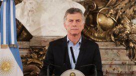 Tras el faltazo al acto oficial, Macri conmemoró los 25 años del atentado a la AMIA en Casa Rosada