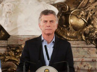 tras el faltazo al acto oficial, macri conmemoro los 25 anos del atentado a la amia en casa rosada