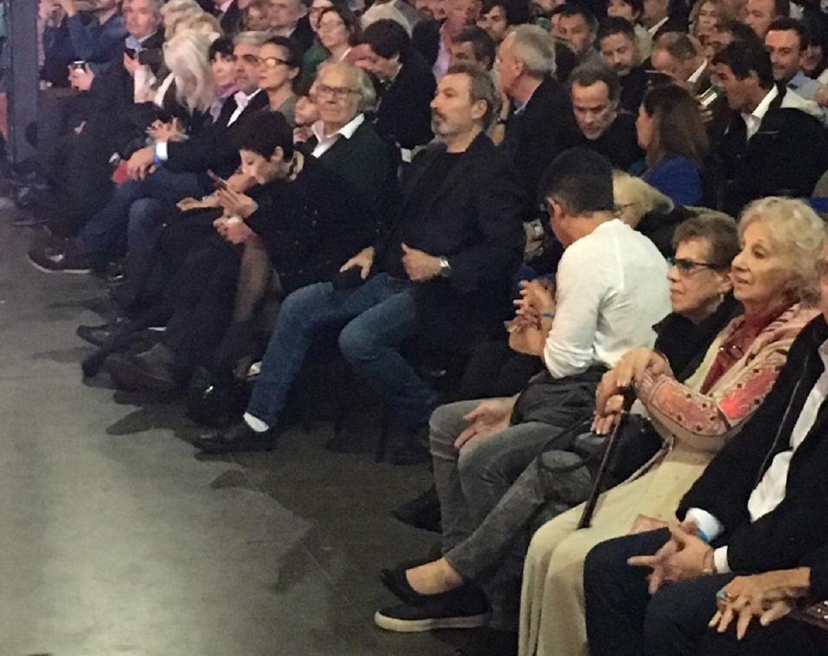 Quiénes estuvieron en la primera fila de la presentación del libro de Cristina Kirchner