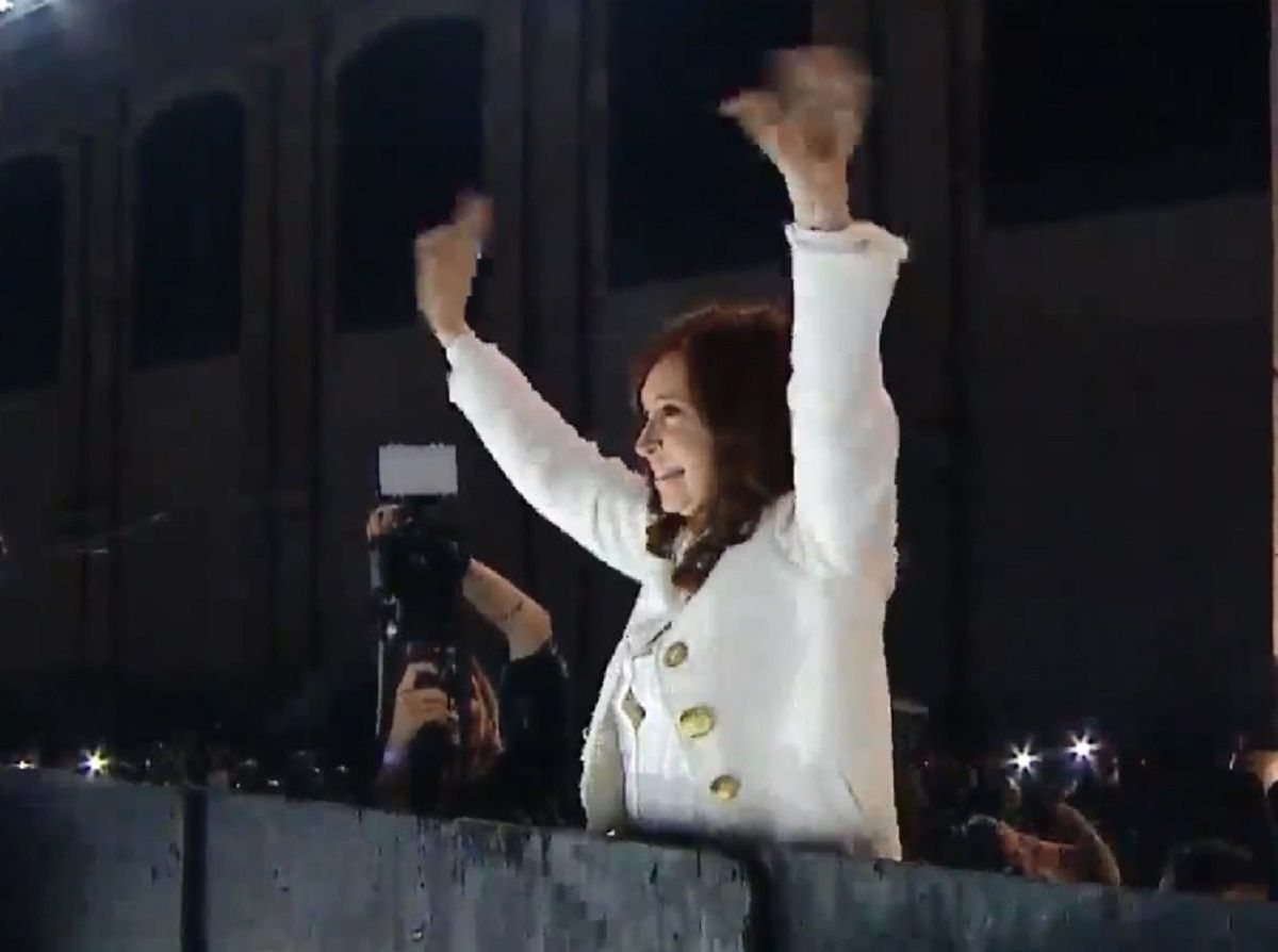 Sinceramente le copamos La Rural: Cristina saludó a los militantes