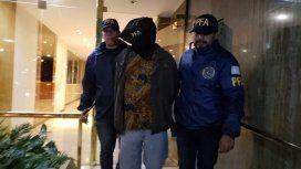 Este viernes a la madrugada detuvieron a Luis Cano, familiar de la mujer de José Jesús Fernández