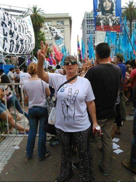 Alejandra milita en el peronismo y participa de todos los actos que puede<br>