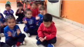 VIDEO: Una maestra se burló de un nene por la eliminación de River en la Copa de la Superliga