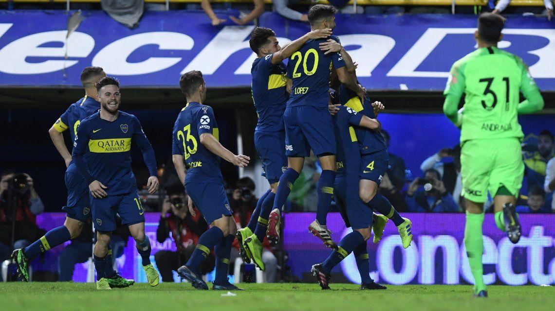Boca eliminó a Vélez en los penales y es semifinalista