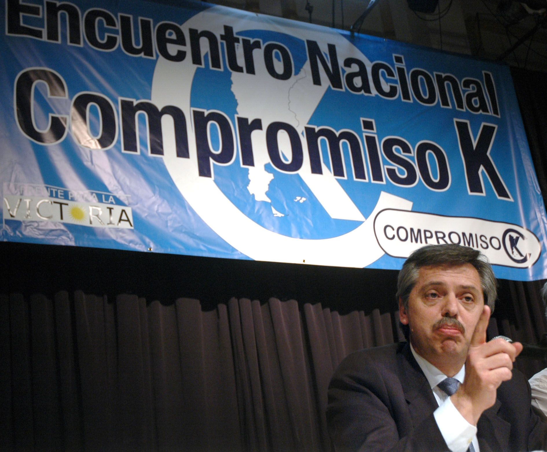 Alberto Fernández en durante la campaña de las legislativas 2005