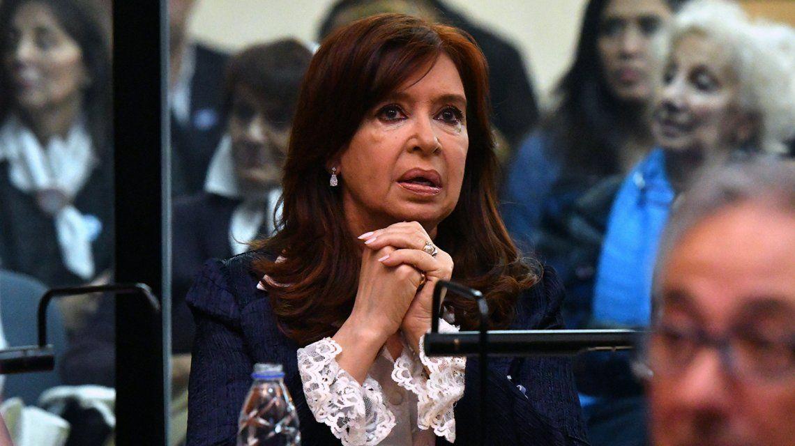 Cristina Kirchner recusó a uno de los peritos designados en el juicio oral por parcialidad