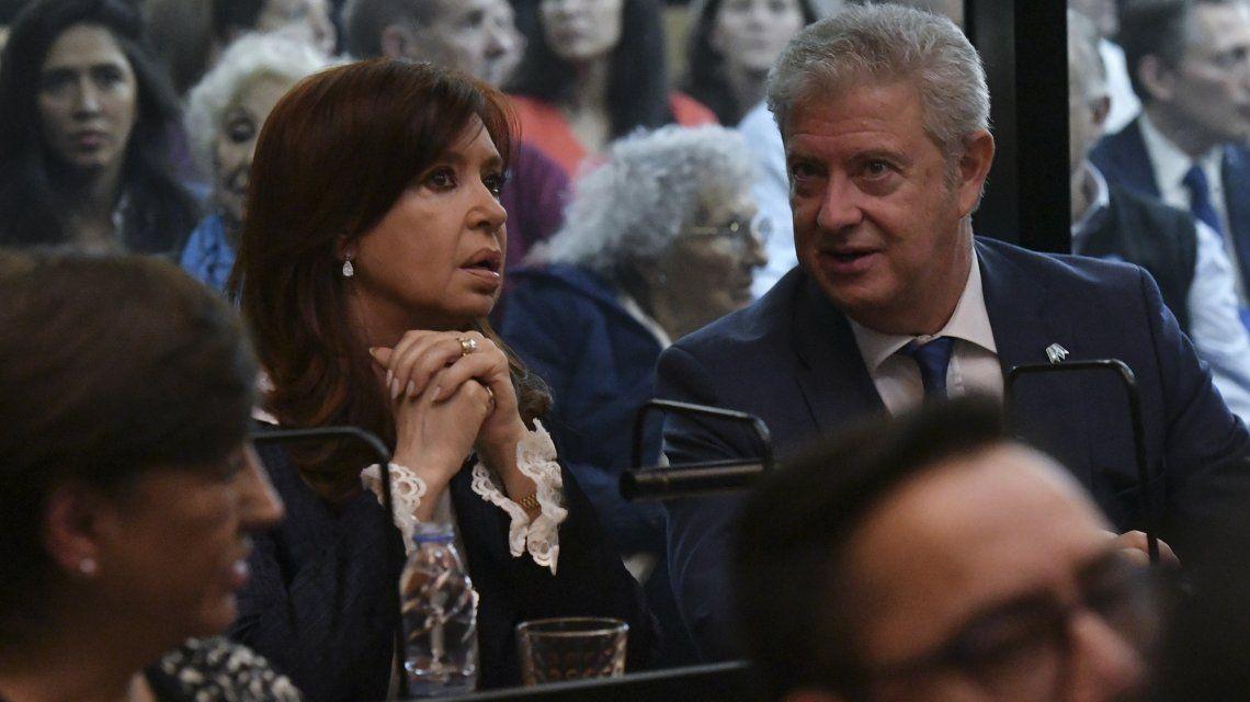 Cristina Kirchner pidió autorización para no asistir de nuevo al juicio oral en su contra