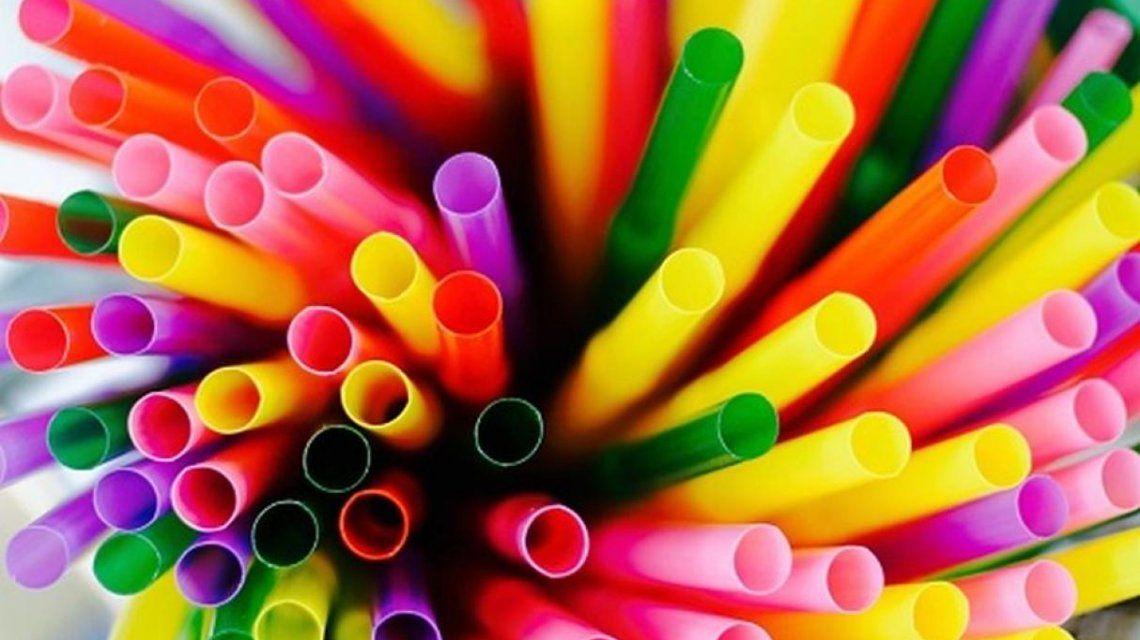 La Ciudad de Buenos Aires prohibió el uso de los sorbetes plásticos