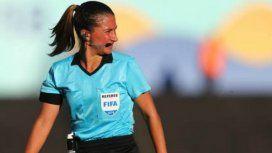 Cumplirá el sueño de representar a Argentina como árbitra en el Mundial: Es difícil vivir de esto