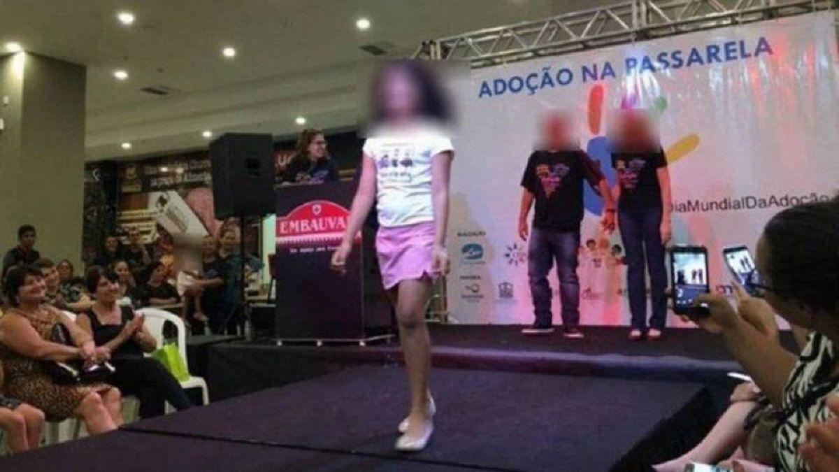 Escándalo en Brasil por un desfile de niños huérfanos para adoptar