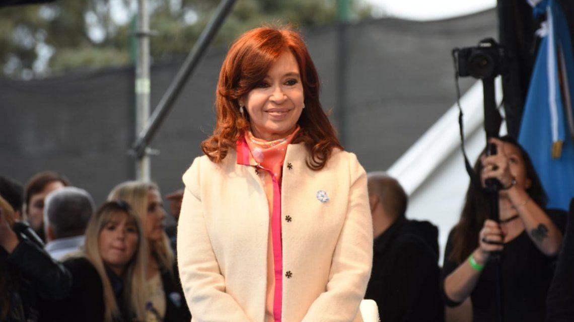 Cristina Kirchner volverá a ausentarse el lunes en el juicio por la obra pública