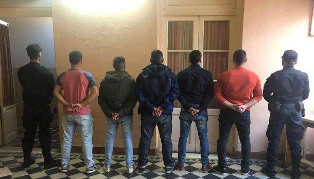 Hay ocho policías detenidos por la masacre de San Miguel del Monte<br>