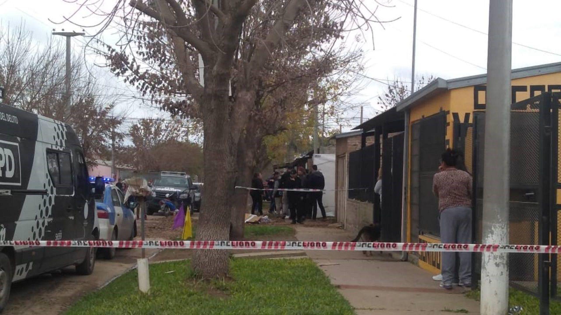 Santa Fe: hallaron muertas a puñaladas a una mujer y su hija