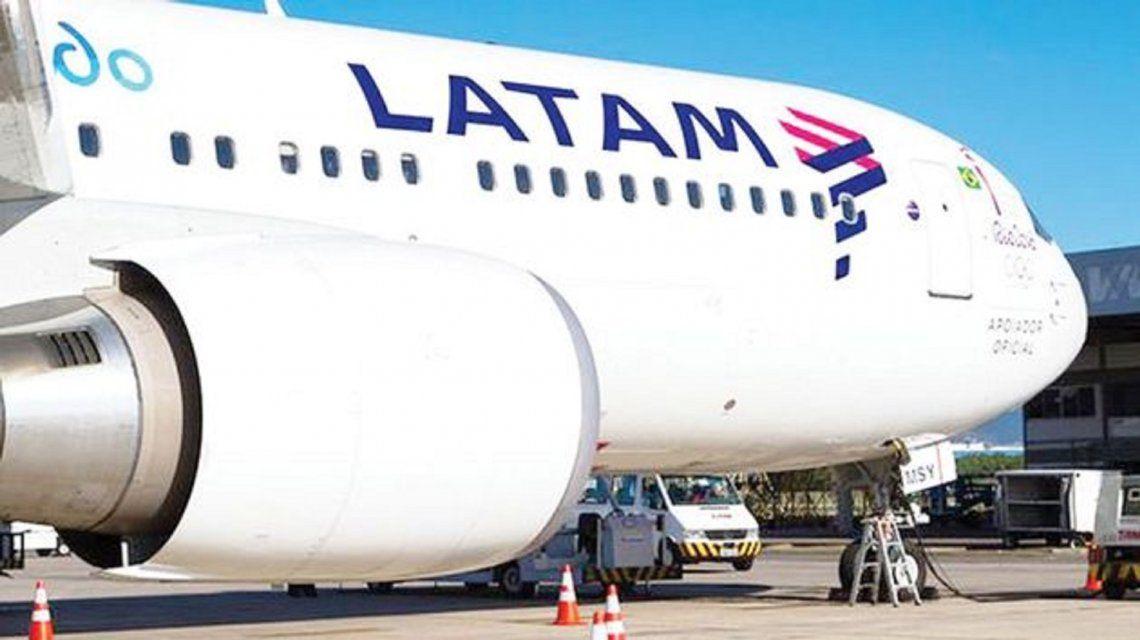 Latam canceló todos sus vuelos de este miércoles por el paro de la CGT