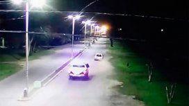 Captura de imagen de video en la que se ve a la patrulla detrás del Spazio.