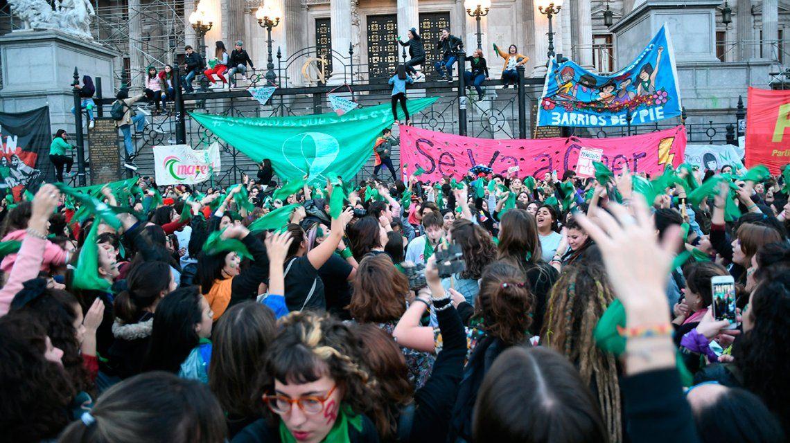 El Congreso quedó paralizado por las marchas del aborto legal y del cambio climático