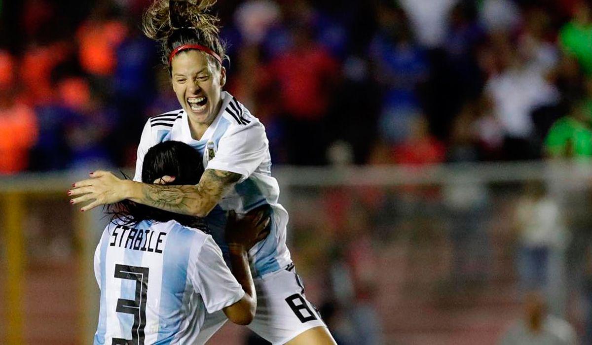 Ruth la Chule Bravo: En Argentina hay chicas que van a entrenar sin comer