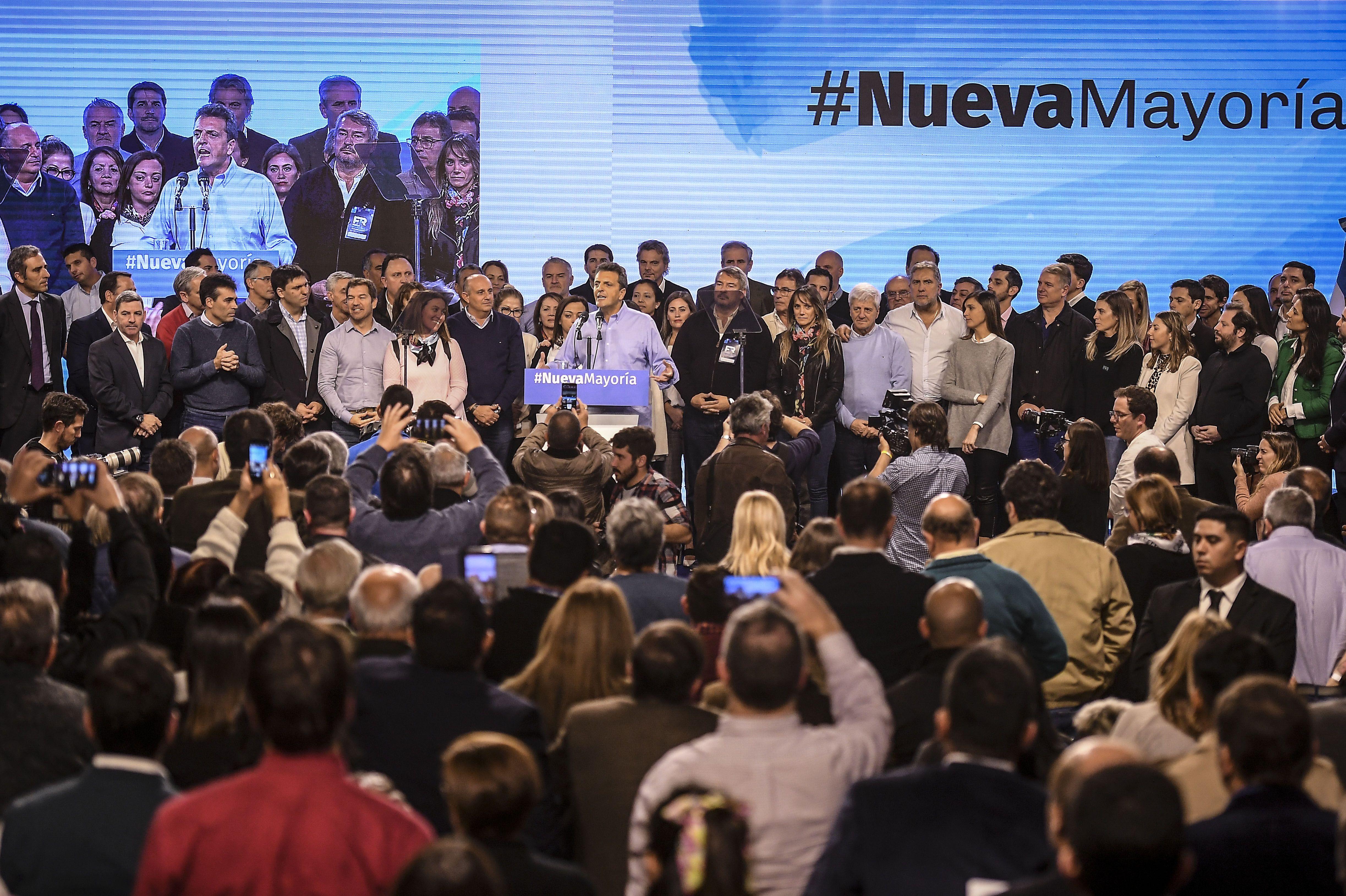 Macri máximo responsable de la crisis y coalición para ganarle: los ocho puntos del documento del massismo