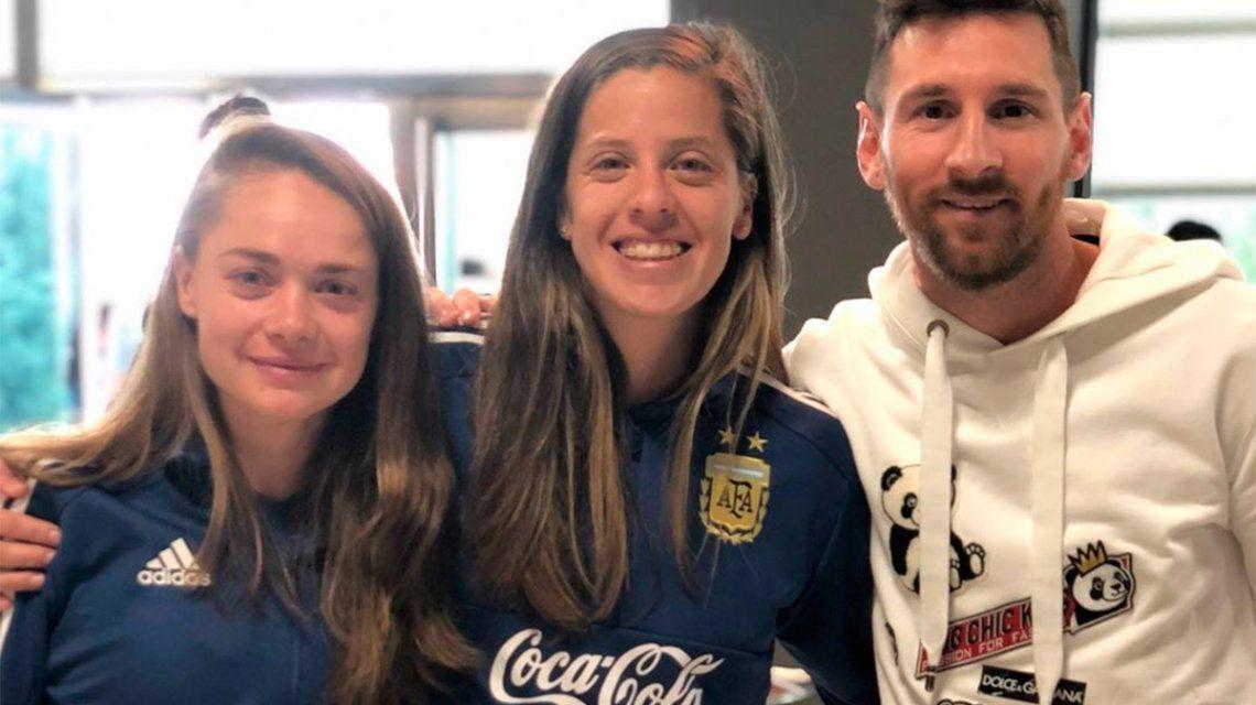 Lionel Messi despidió a la Selección femenina antes de que viaje al Mundial Francia
