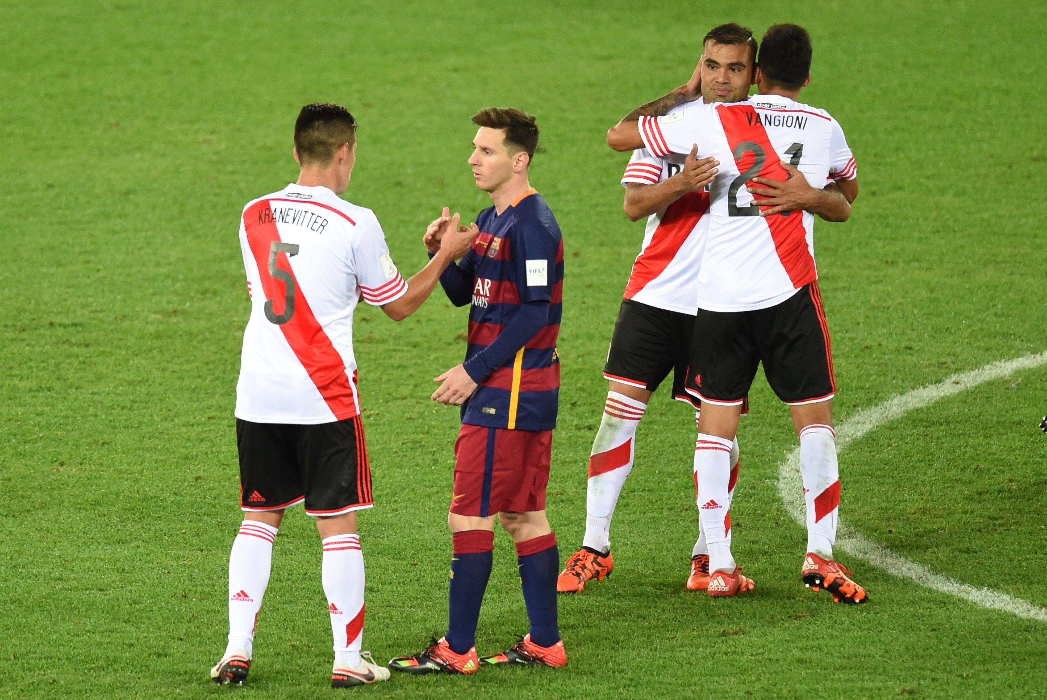 Messi enfrentó a River en el Mundial de Clubes 2015