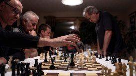 Bronca en Inglaterra por un torneo de ajedrez organizado por la Argentina en las Malvinas