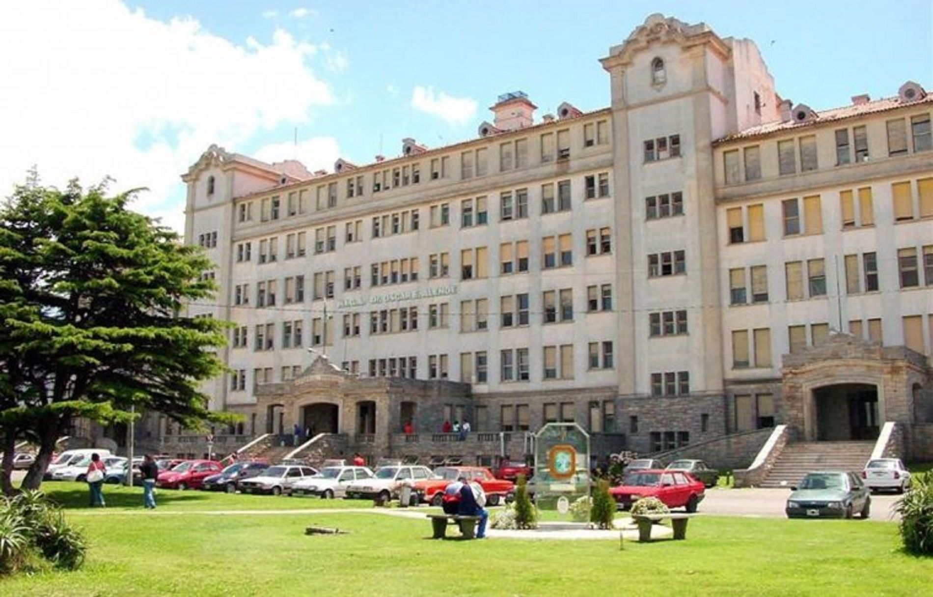 Hospital Interzonal General de Agudos donde se confirmó la muerte del joven