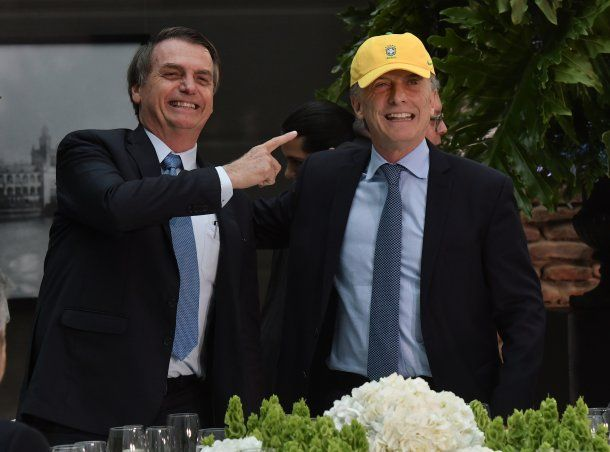 Jair Bolsonaro dijo que trabaja con Mauricio Macri por el peso real