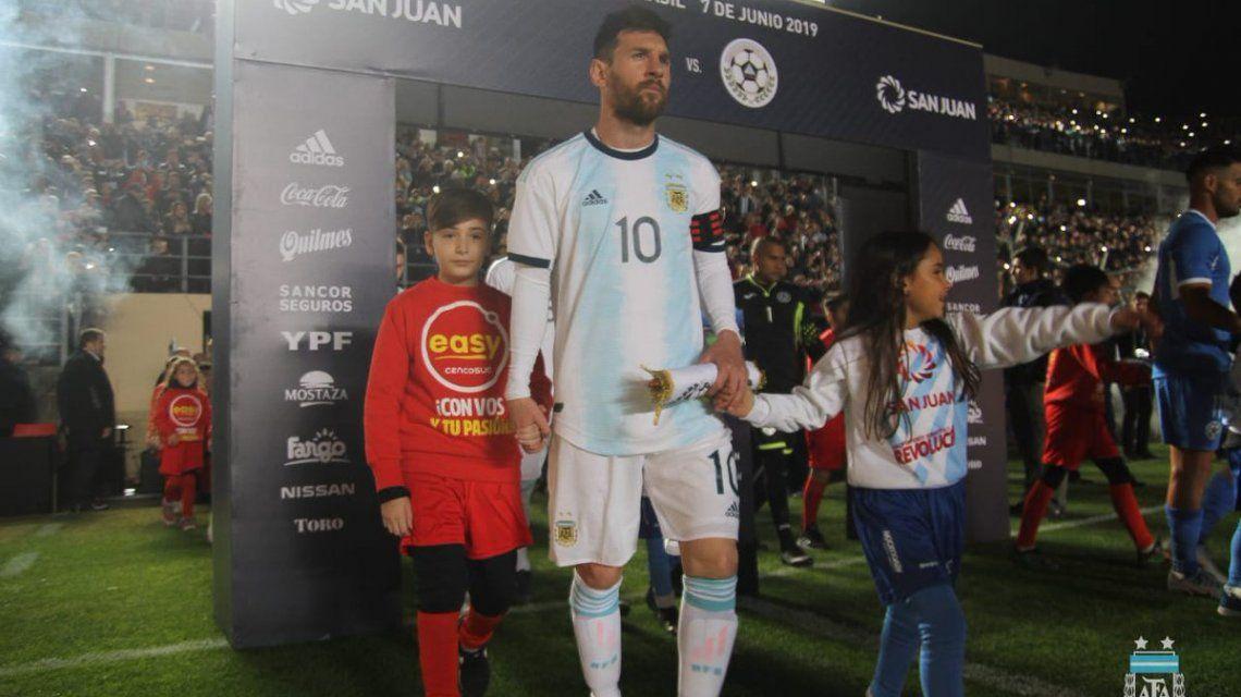Argentina enfrenta a Nicaragua en San Juan