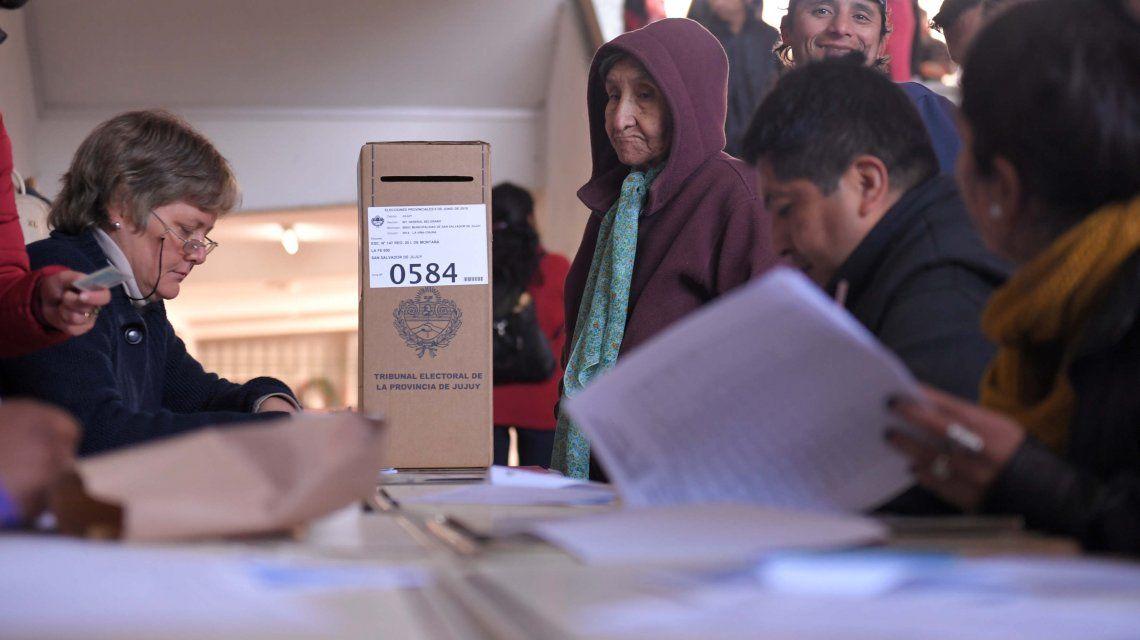 Las autoridades de mesa cobrarán hasta $1.900 en las PASO, generales y balotaje