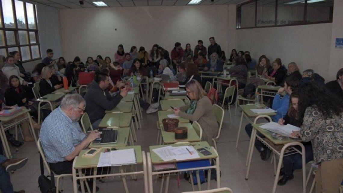 Una universidad aprobó el uso del lenguaje inclusivo en tesis y otras presentaciones