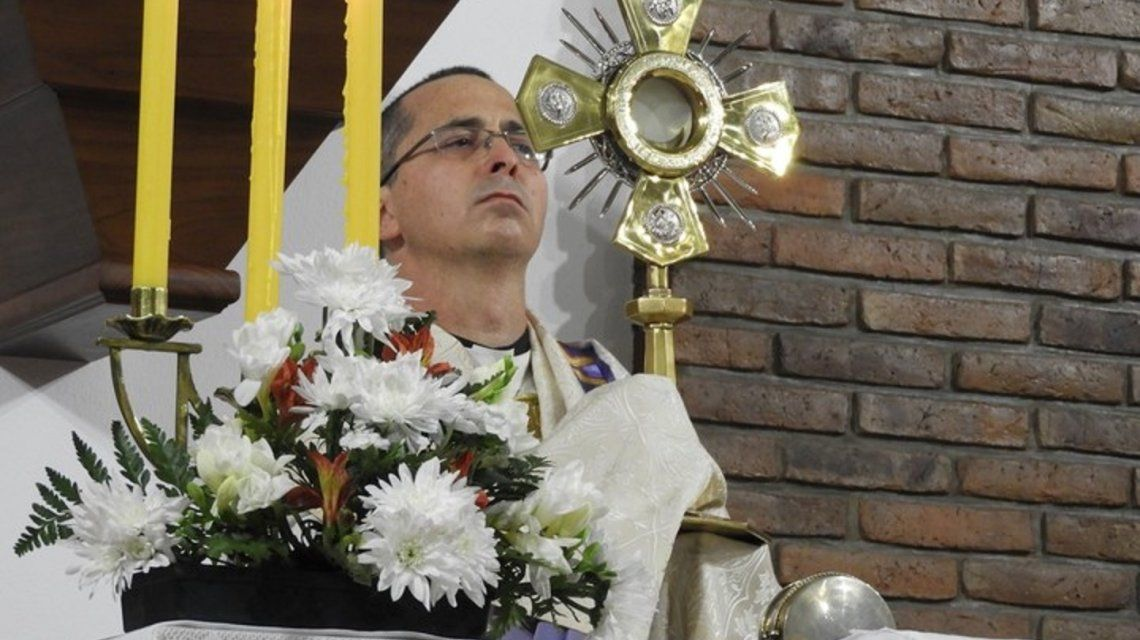 El diácono Guillermo Luquin tenía 52 años y vivía solo en su casa de Lomas de Zamora.