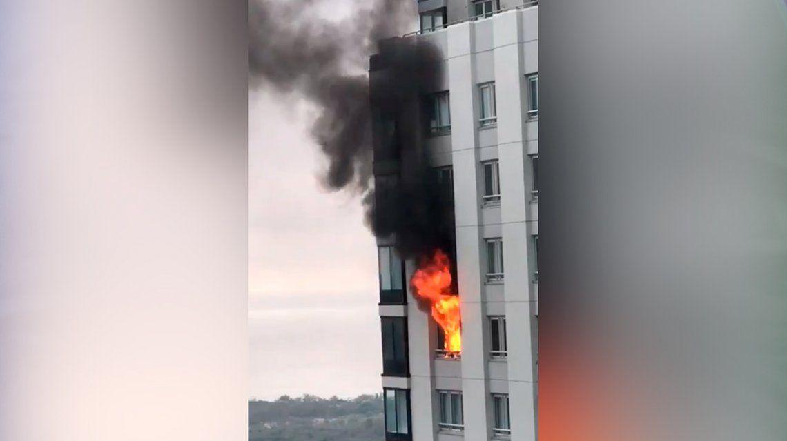 Se incendió un departamento en una de las torres más altas de Puerto Madero