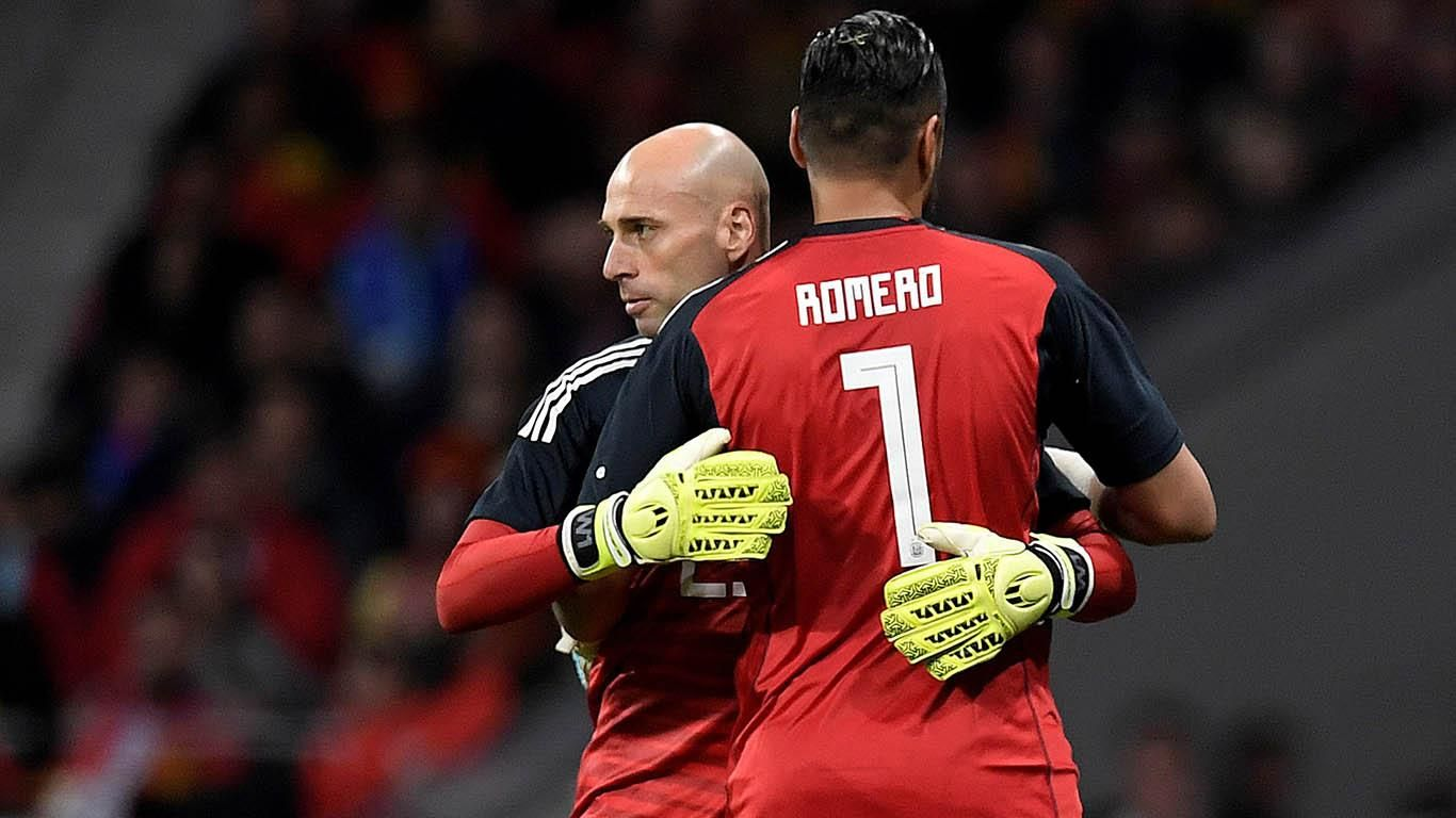 Wilfredo Caballero reemplazó a Sergio Romero en el amistoso ante España