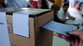 Superdomingo de elecciones: cerraron los comicios en las cuatro provincias y se esperan los resultados