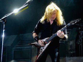 Dave Mustaine tiene cáncer de garganta