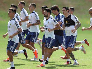copa america: la seleccion argentina saldria con el mismo equipo para enfrentar a paraguay