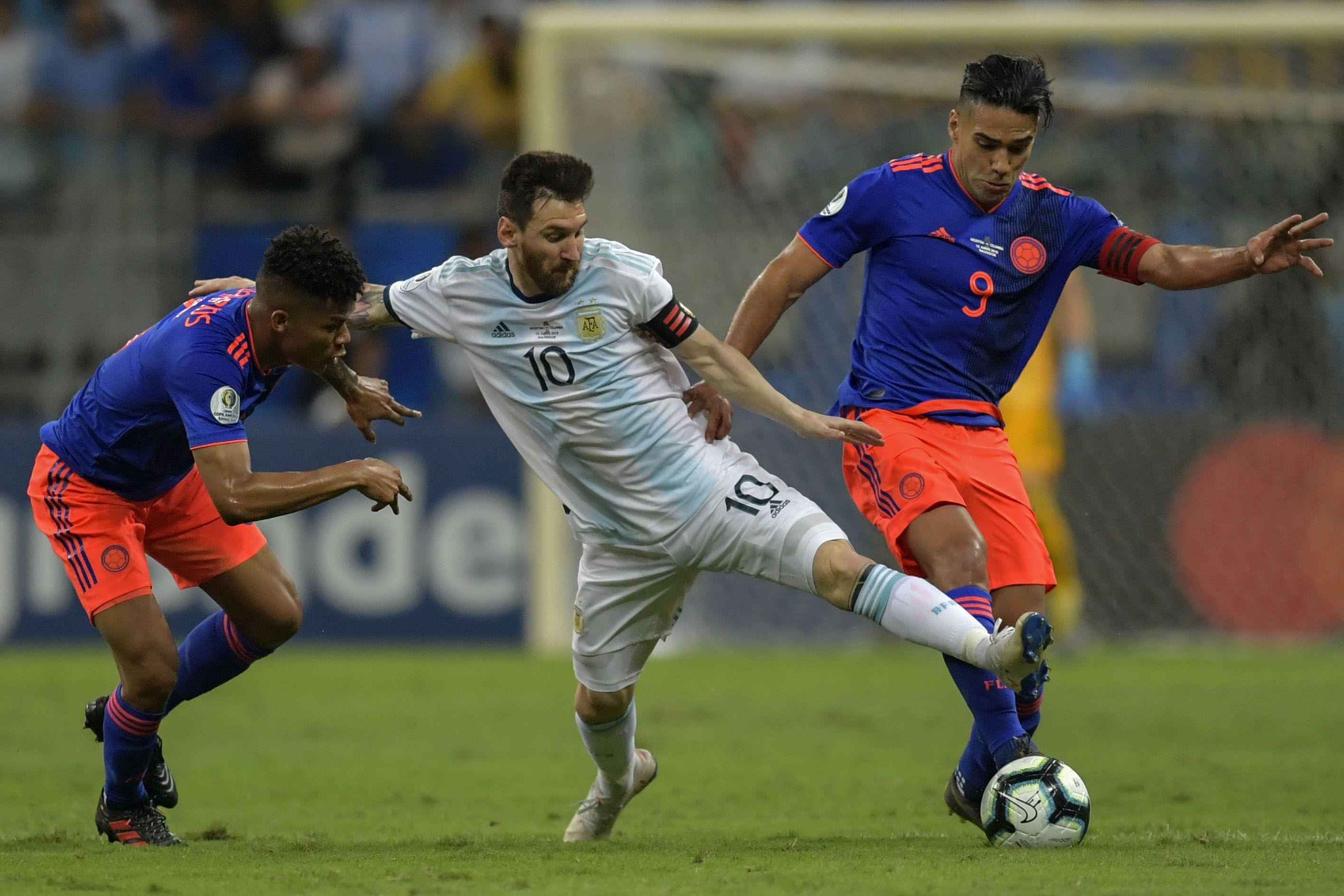 Tras la decepción en el debut, los cambios que piensa Scaloni en Argentina para jugar ante Paraguay