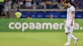 Lionel Messi cabizbajo, una vez más